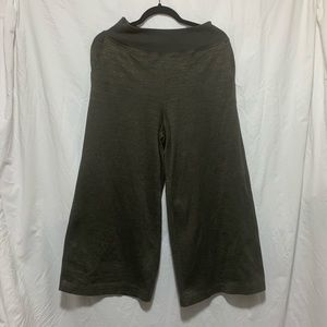 WILFRED FREE green wide leg stretchy crop pants